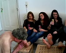 German foot party with 4 girls and two slaves